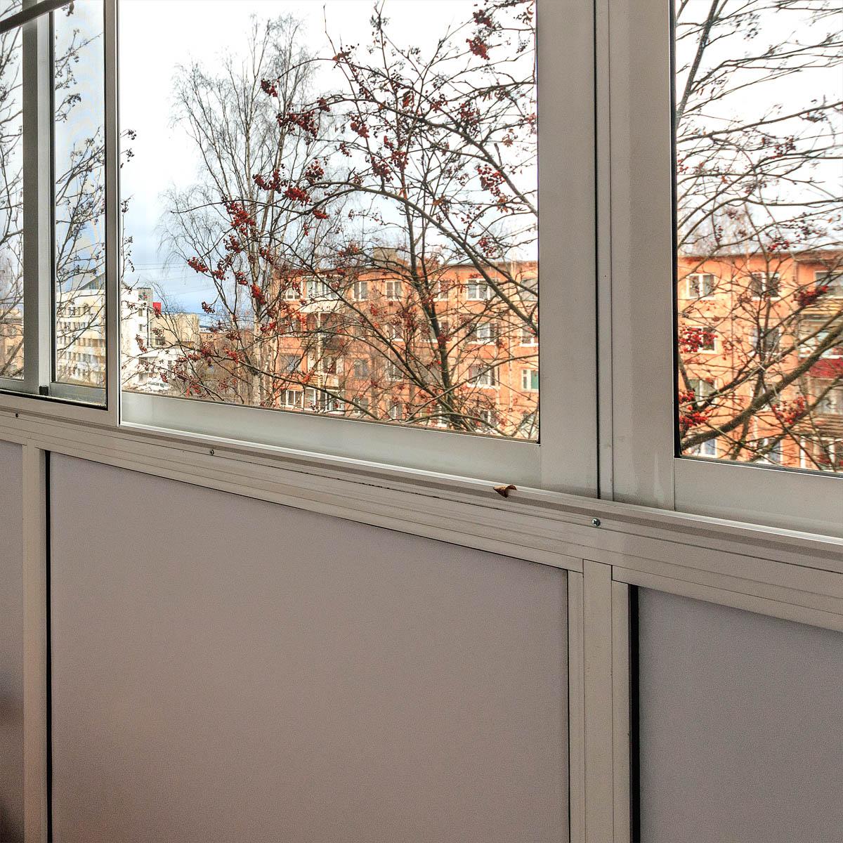 Остекление балконов пласт. окнами мир комфорта.